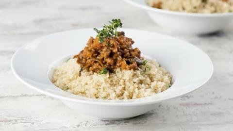 Bolonhesa com quinoa