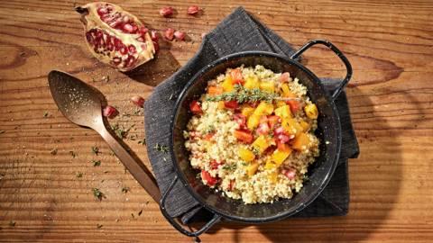 Receita Vegan - Salada de Quinoa com Abóbora e Romã