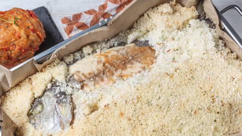Receita Sem Lactose - Douradas Frescas ao Sal com Migas de Tomate | Cooking Classes