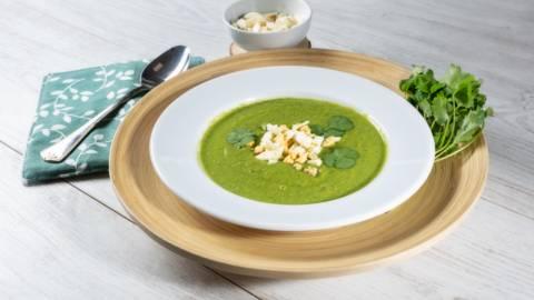 Receita Bio - Creme Verde Bio de Ervilha, Curgete e Coentros com Topping de Ovo Cozido | Cooking Classes