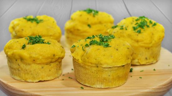 Muffins Salgados de Bacalhau e Queijo da Ilha | Cooking Classes