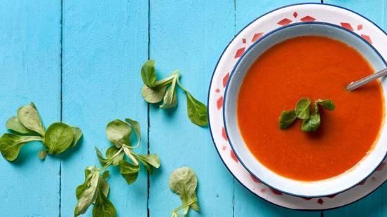 Sopa Fria de Tomate com Canónicos