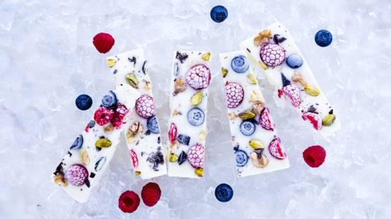 Barras de Iogurte com Frutas e Chocolate