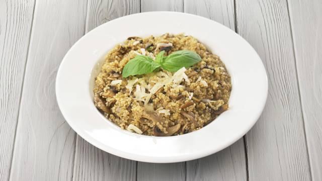 Risoto de Quinoa com Cogumelos e Manjericão | Cooking Classes