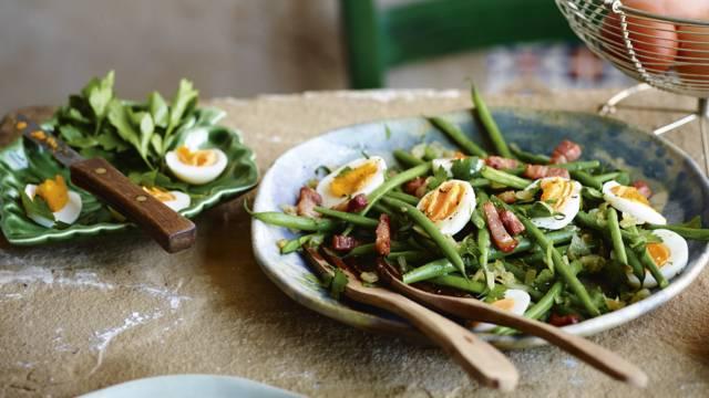 Receita Low Carb - Salada de Feijão-Verde com Ovo