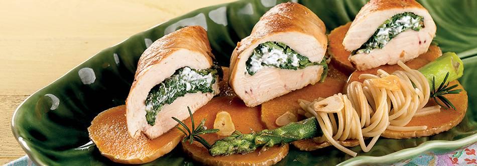 Peito de frango recheado com nabiças
