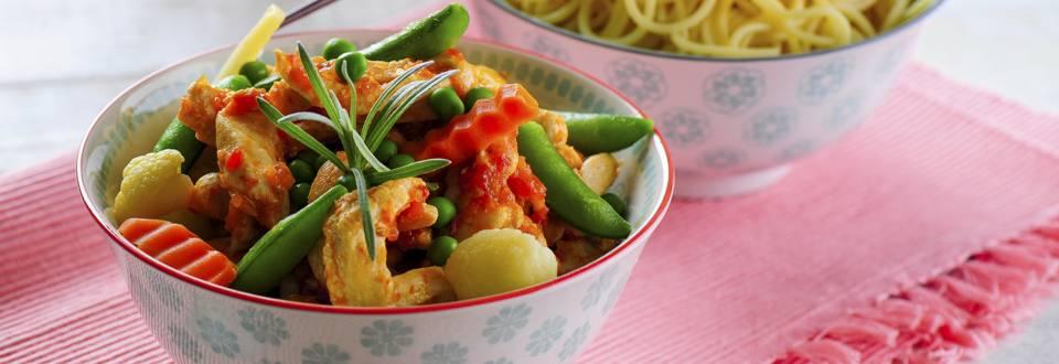 Receita Monsieur Cuisine - Strogonoff de Frango Salteado com Legumes