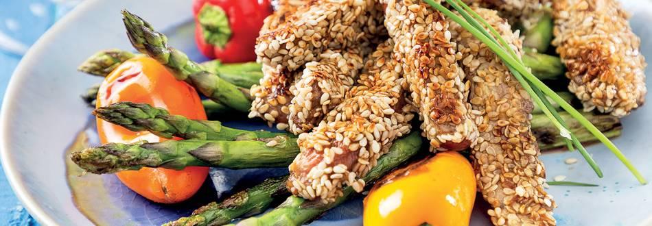 Tiras de novilho com sésamo de legumes assados
