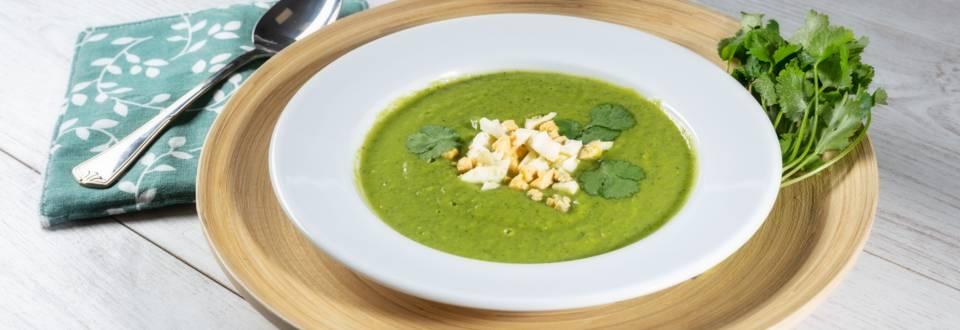 Receita Bio - Creme Verde Bio de Ervilha, Curgete e Coentros com Topping de Ovo Cozido   Cooking Classes